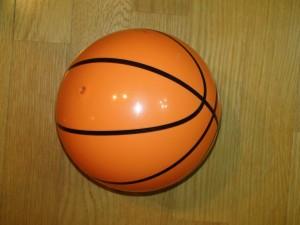 ダイソー バスケットボール 柔らかい